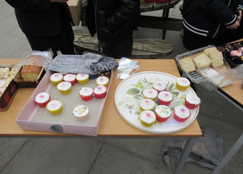 Student Kellsey organises cake sale raising £450 for injured police officer