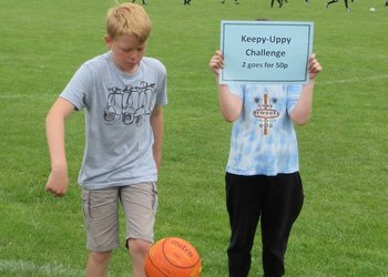 Ridgeway and Chiltern spend lunchtime raising funds for House charities