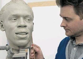 Sculptor Colin Jackman visits A Level Fine Art students