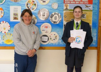 Jess is crowned winner of the 'Round the world challenge'
